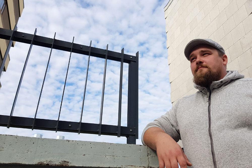 Masa Siirilä aloitti rakennusalalla nuorena poikana piikkarina ja on siitä kasvanut sekä kouluttautunut menestyvän rakennusliikkeen toimitusjohtajaksi.