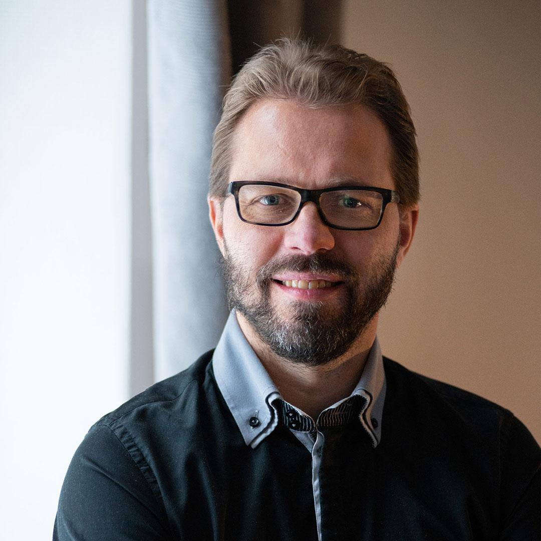 Tilitoimisto Pulkkisen toimitusjohtaja Mika Pulkkinen pitää liiketoiminnan kasvamista tärkeimpänä syynä vaihtaa yhtiömuoto toiminimestä osakeyhtiöksi.